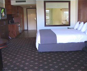 Best Western A Centretown - Accommodation in Surfers Paradise