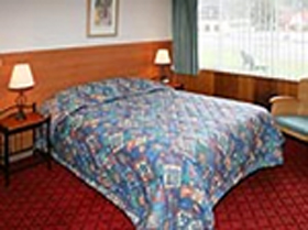 Mt Lyell Motor Inn - Accommodation in Surfers Paradise