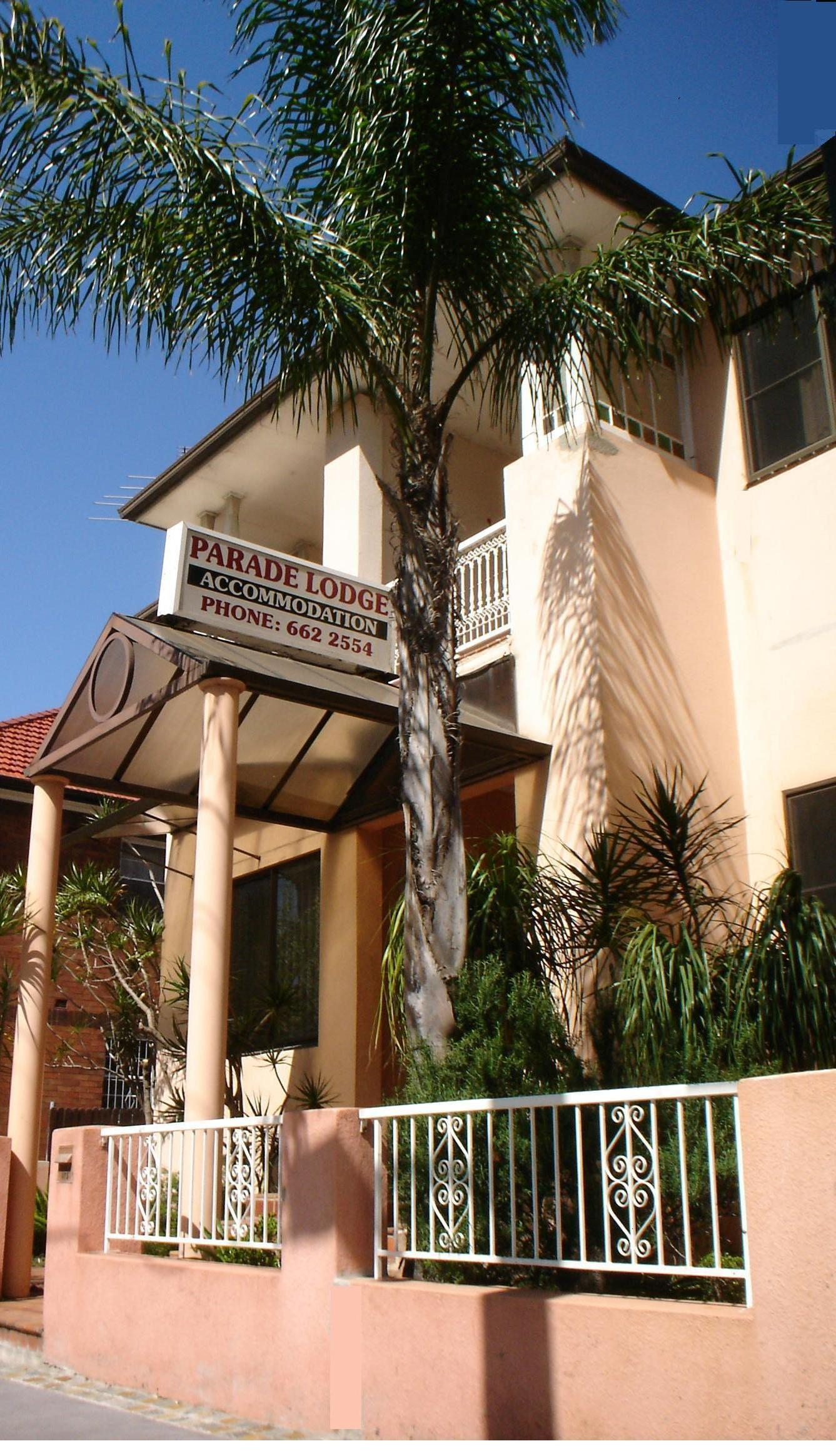 Parade Lodge - Accommodation in Surfers Paradise