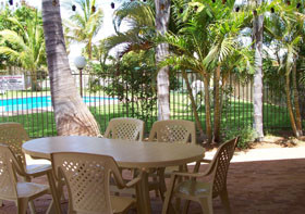 Carnarvon Gateway Motel - Accommodation in Surfers Paradise