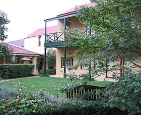 Mary Mackillop Place - Accommodation in Surfers Paradise