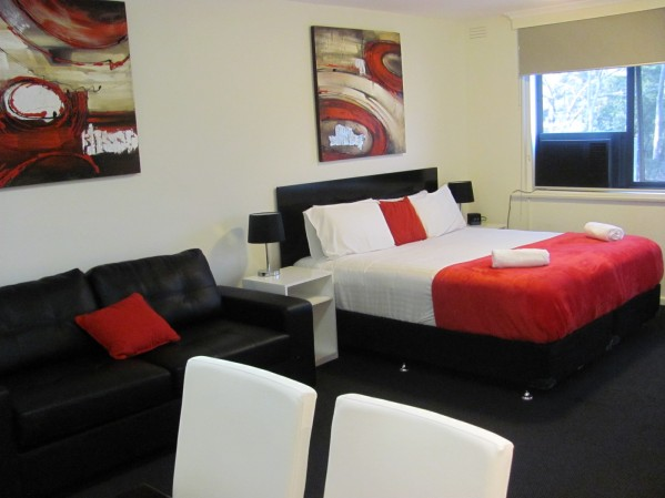 Apartments on Flemington - Accommodation in Surfers Paradise