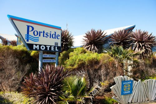 Golden Chain Portside Motel - Accommodation in Surfers Paradise