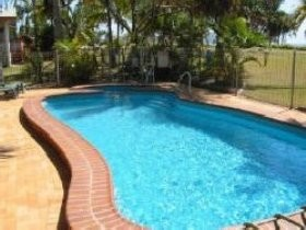 Kinka Palms Beach Front Apartments/Motel - Accommodation in Surfers Paradise