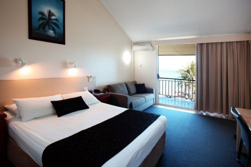Whitsunday Sands - Accommodation in Surfers Paradise