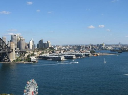 Kirribilli Village Apartments - Accommodation in Surfers Paradise