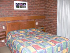 Two Rivers Motel - Accommodation in Surfers Paradise