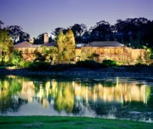 Cypress Lakes Resort - Accommodation in Surfers Paradise