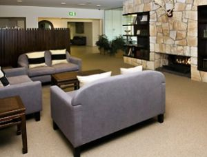 Mercure Clear Mountain Lodge - Accommodation in Surfers Paradise
