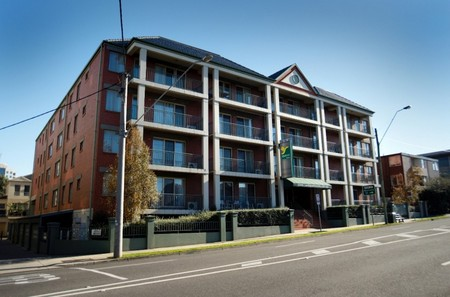 Quest Windsor - Accommodation in Surfers Paradise