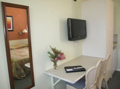 Wingham Motel - Accommodation in Surfers Paradise