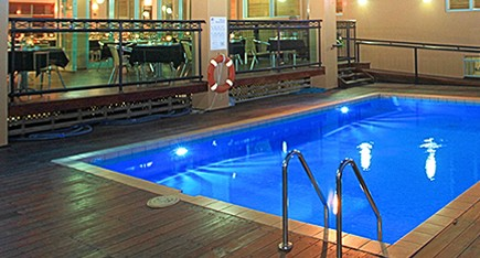 Burnett Riverside Motel - Accommodation in Surfers Paradise