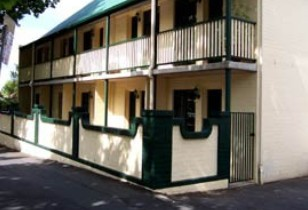 Town Square Motel - Accommodation in Surfers Paradise