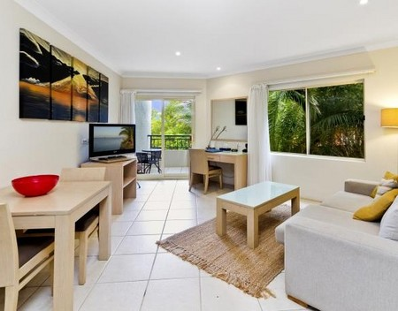 Terrigal Sails Serviced Apartments - Accommodation in Surfers Paradise