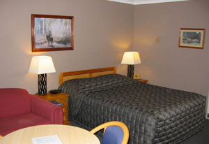 Highlands Motor Inn - Accommodation in Surfers Paradise