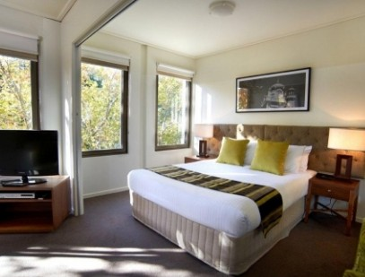 Quest Jolimont - Accommodation in Surfers Paradise