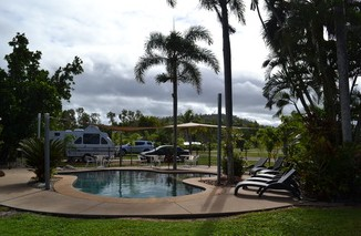 Dunk Island View Caravan Park - Accommodation in Surfers Paradise