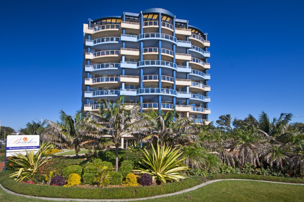 Beaches International - Accommodation in Surfers Paradise