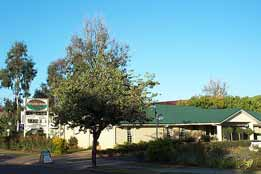 Riverland Motor Inn - Accommodation in Surfers Paradise