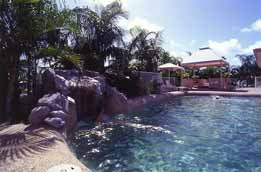 Rainbow Sands - Accommodation in Surfers Paradise