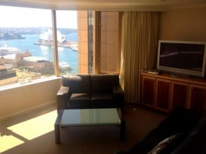 Rent a Room the Rocks - Accommodation in Surfers Paradise