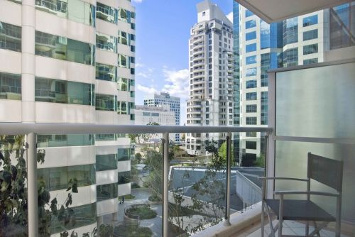Astra Apartments - Chatswood - Accommodation in Surfers Paradise