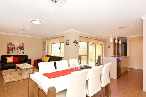 Chesapeake Retreat - Accommodation in Surfers Paradise