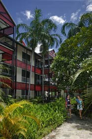 Parap Village Apartments - Accommodation in Surfers Paradise
