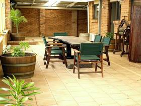 Escape To Willunga - Accommodation in Surfers Paradise