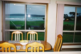 Emu Bay Sea Breeze - Accommodation in Surfers Paradise