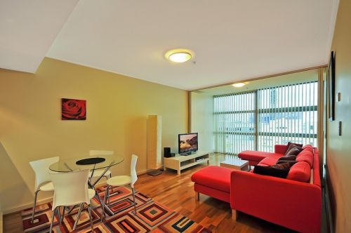 Astra Apartments - St Leonards - Accommodation in Surfers Paradise