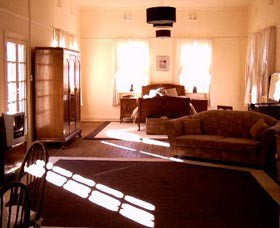 Old Parkes Convent - Accommodation in Surfers Paradise