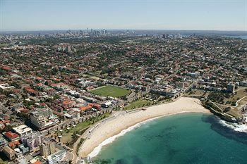 Coogee Bay Hotel - Boutique - Accommodation in Surfers Paradise