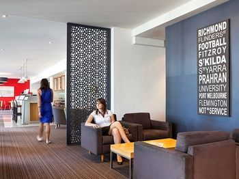 Mercure North Melbourne - Accommodation in Surfers Paradise