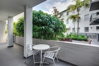 Adina Apartment Hotel Chippendale - Accommodation in Surfers Paradise