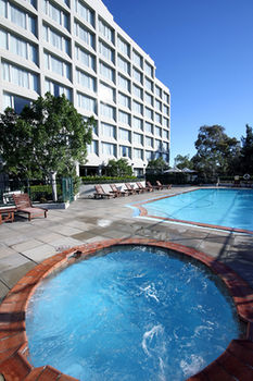 Mercure Sydney Parramatta - Accommodation in Surfers Paradise