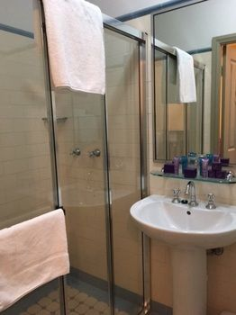 Avonmore on the Park Boutique Hotel - Accommodation in Surfers Paradise