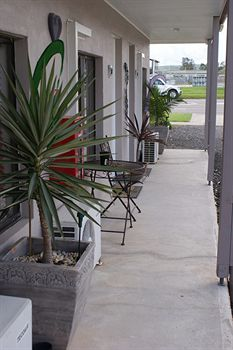 Riverside Motel - Accommodation in Surfers Paradise