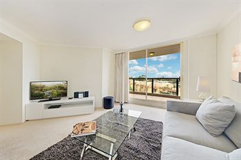 Wyndel Apartments - Shoremark - Accommodation in Surfers Paradise
