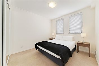 Wyndel Apartments - Apex - Accommodation in Surfers Paradise