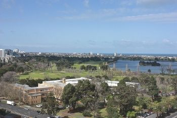 Apartments Melbourne Domain - South Melbourne - Accommodation in Surfers Paradise