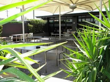 Crossroads Hotel Liverpool - Accommodation in Surfers Paradise