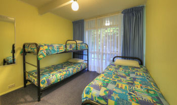 BIG4 Bungalow Park on Burrill Lake - Accommodation in Surfers Paradise