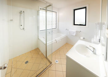 Charlestown Terrace - Accommodation in Surfers Paradise
