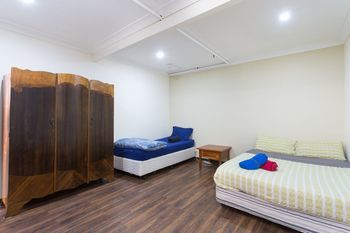 The Village Glebe - Hostel - Accommodation in Surfers Paradise