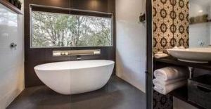 White Gates Cottage - Accommodation in Surfers Paradise