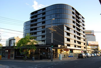 Bayside Towers Serviced Apartments - Accommodation in Surfers Paradise