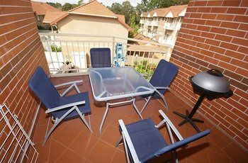 North Ryde 37 Cull Furnished Apartment - Accommodation in Surfers Paradise