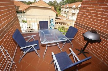 North Ryde 64 Cull Furnished Apartment - Accommodation in Surfers Paradise