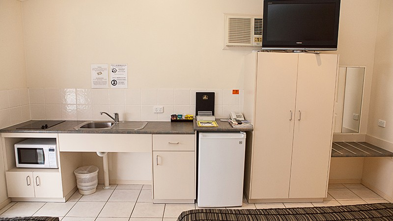 BEST WESTERN Caboolture Central Motor Inn - Accommodation in Surfers Paradise